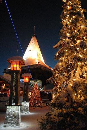 Santa Claus Village:                   La casa di Babbo Natale