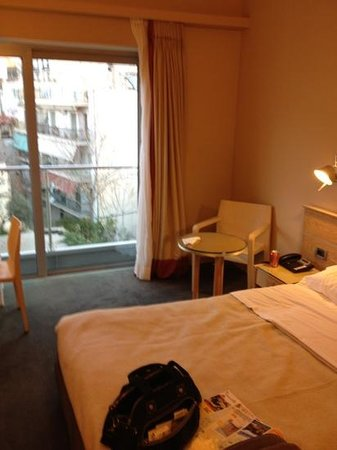 Herodion Hotel: the room at Herodion, 4th fl, Acropolis facing