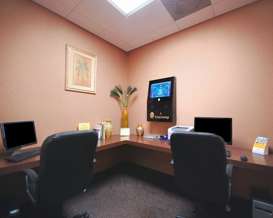 Comfort Inn & Suites Jupiter: Business Center