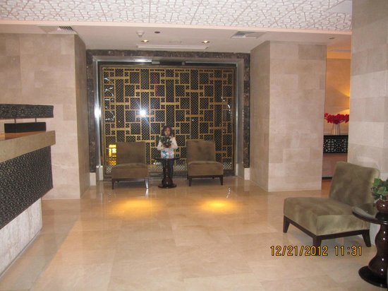 Hilton Luxor Resort & Spa:                                     Near to the travel agency