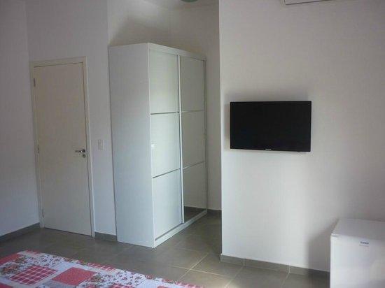 Pousada Praia do Guaiuba: Room interior
