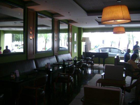 Pestana Rio Atlantica Hotel:                   Uma parte da sala de estar