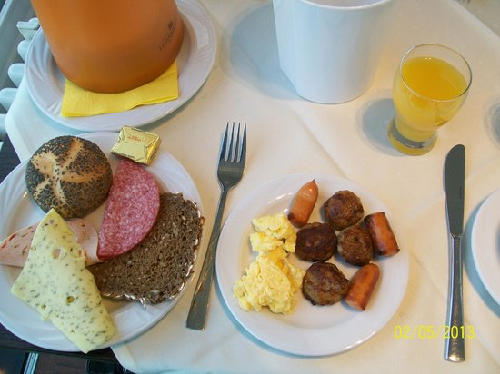 Come Inn Berlin Kurfuerstendamm Opera:                   Breakfast