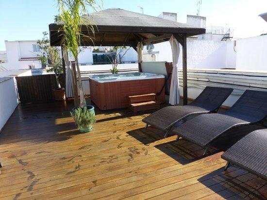 El Rey Moro Hotel Boutique Sevilla:                   Jacuzzi en la terraza