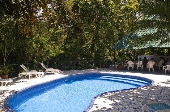 Hotel Mono Azul: pool at Mono Azul Pool