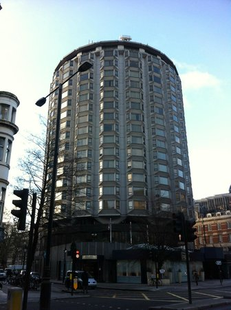 The Park Tower Knightsbridge, A Luxury Collection Hotel, London : View of hotel