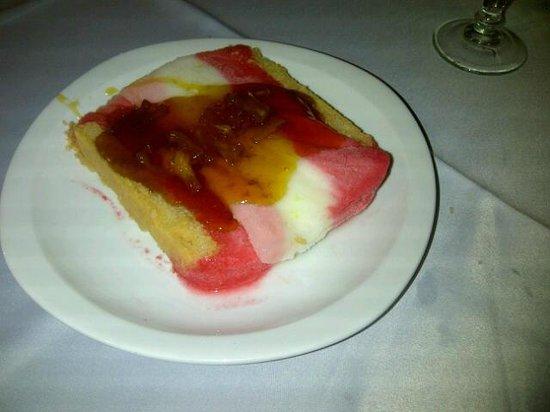 Hotel Bois Joli:                   Ice cake dessert