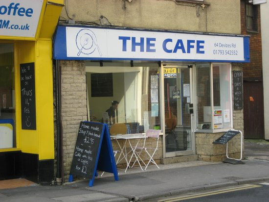 The Cafe: Outside