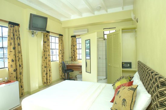Kingstown, St. Vincent:                   Room overlooking Heritage Square.