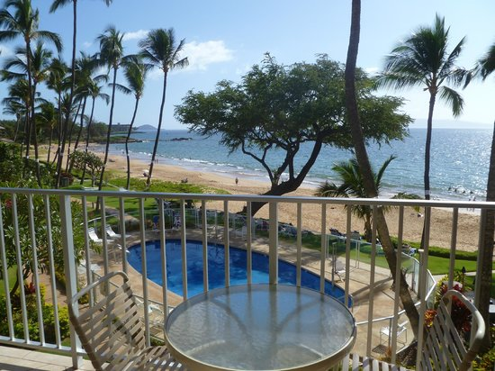 Hale Pau Hana Beach Resort:                   view from lanai