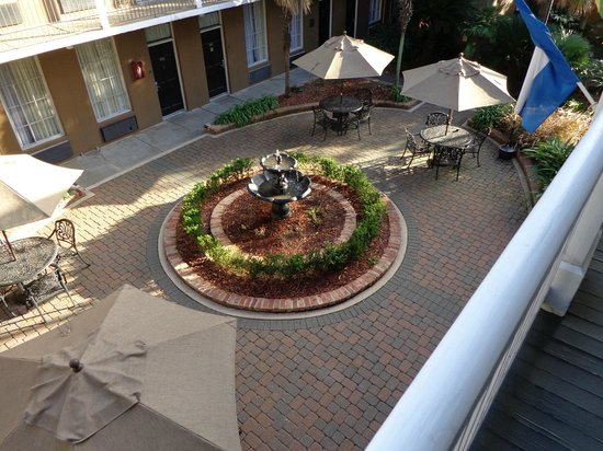 Quality Inn & Suites Maison St. Charles:                   View from balcony outside room