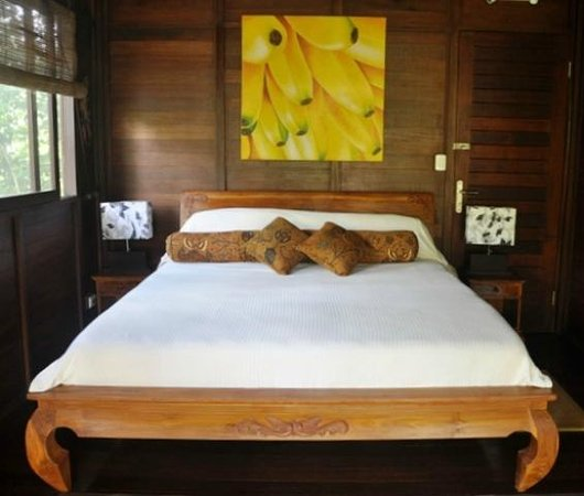Bali Rica Casitas: pillow top king in the bali house