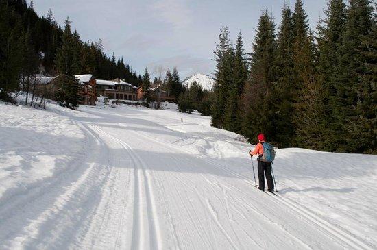 Kahler Glen Golf & Ski Resort:                   xc skiing on the groomed trail leading to Nason Ridge