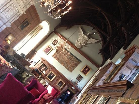 Rushton Hall Hotel and Spa:                   inside the great hall