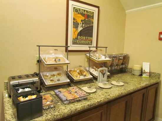 Residence Inn Louisville East: Enjoy our complimentary HomeTouch™ breakfast buffet