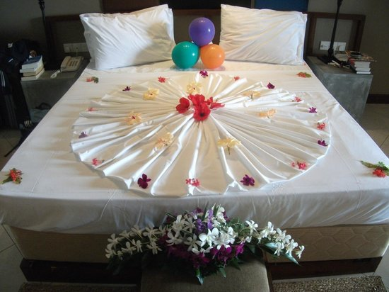 Bentota Beach by Cinnamon:                   Our bed decorated for our wedding night
