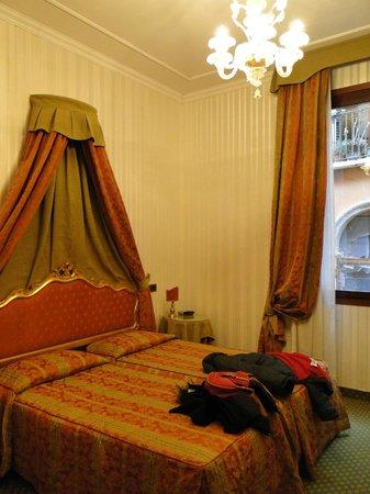 Kette Hotel: la habitacion