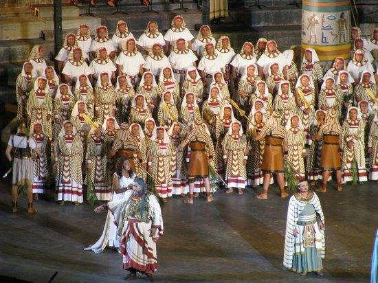 Arena di Verona: Aida cast performing.