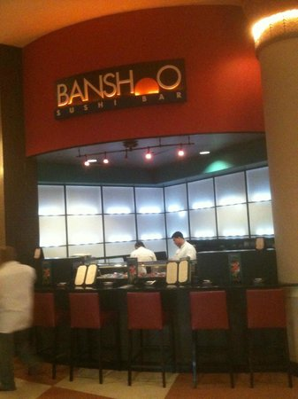 Rosen Centre Hotel:                   Lobby sushi bar, never went