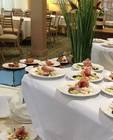 Sea Crest Beach Hotel: Banquet Display