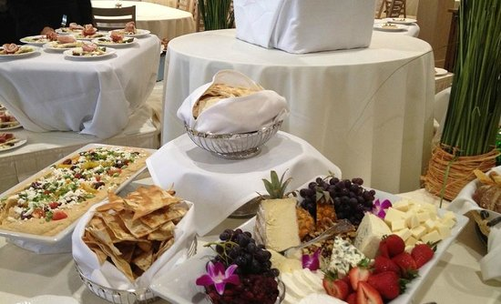 Sea Crest Beach Hotel: Banquet Display 2