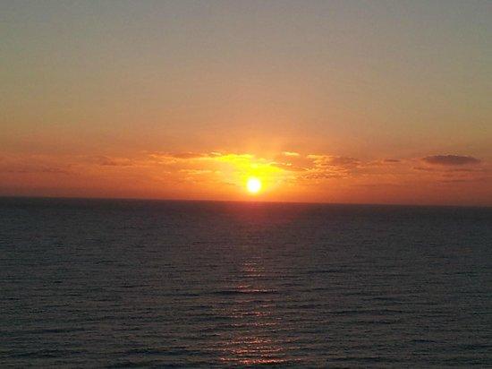 TUI MAGIC LIFE Fuerteventura :                   Sunrise from our balcony ... beautiful