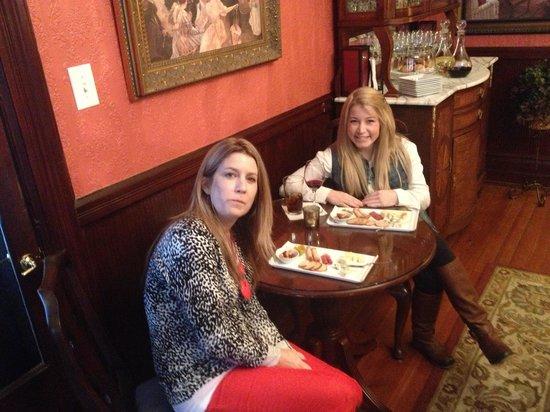 Biltmore Village Inn:                   Happy customers                 