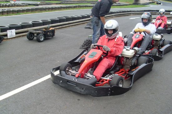 Herefordshire Raceway:                   Pit Lane!