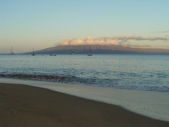 Kaanapali Beach Hotel:                   Our view.