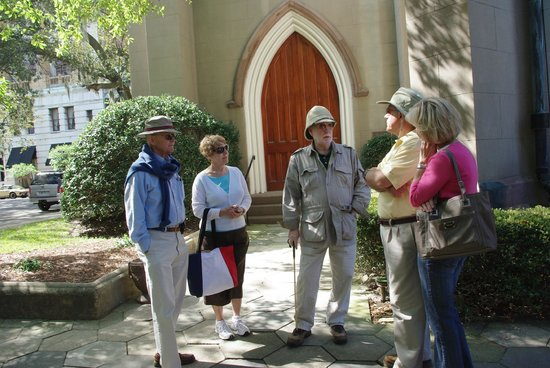 Savannah Walking Tours with Tony Higgins: Tour starting at Cathedral of St. John the Baptist