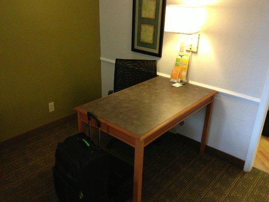 broken sofa sleeper picture of la quinta inn suites. Black Bedroom Furniture Sets. Home Design Ideas