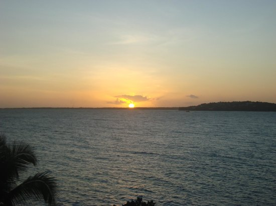 Blue Haven Hotel: fabulous sunsets from your balcony