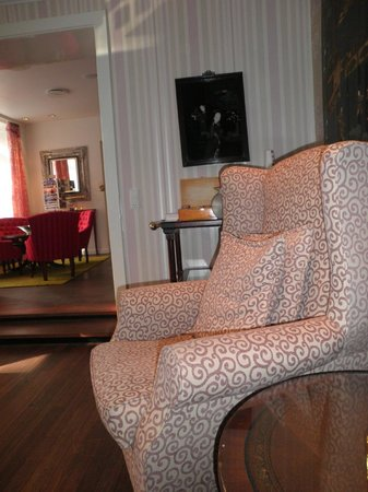 First Hotel Mayfair: Lounge