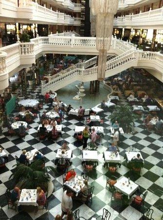 Cleopatra Palace Hotel:                   Restaurant Cleopatra