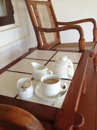 Rest House Matara:                   Coffee on the porch