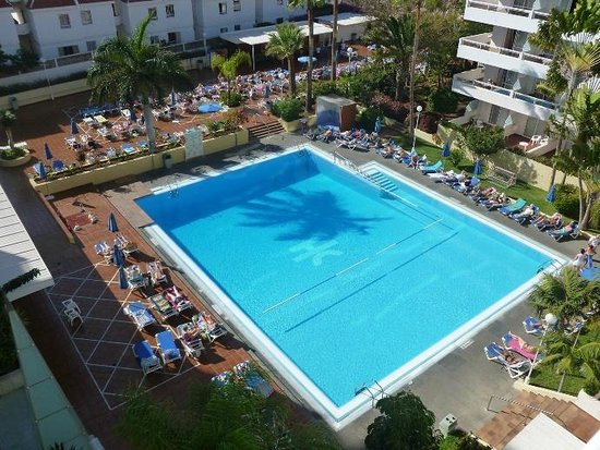 Catalonia Oro Negro:                   View of the pool from room 638