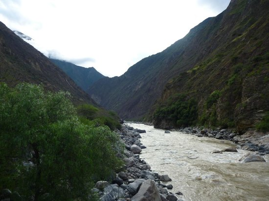 Choquequirao:                                                       Apurimac before landslide