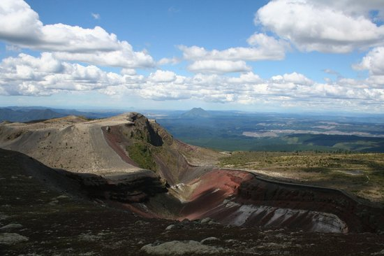 Solitaire Lodge:                   Mt.Tarawera