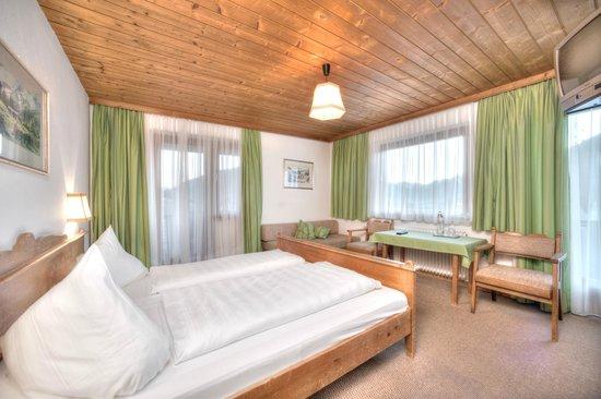 Baerenwirth - Hotel : Doppelzimmer mit Panoramabalkon