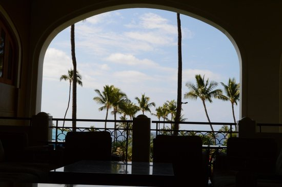 Fairmont Kea Lani, Maui:                   View from lobby