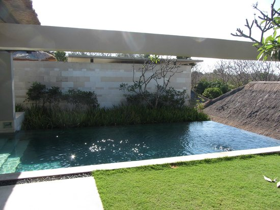 The Bale: Private Pool