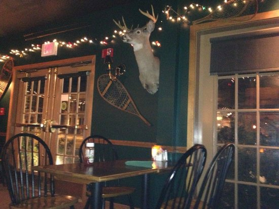 Broad Arrow Tavern: inside