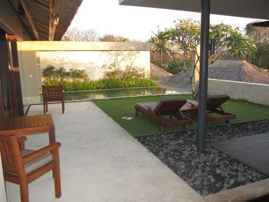 The Bale: Villa Garden