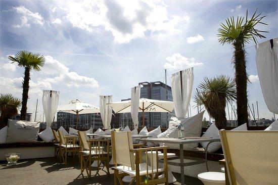ocean club restaurant kopenhagen ydre sterbro das u ere sterbro restaurant bewertungen. Black Bedroom Furniture Sets. Home Design Ideas