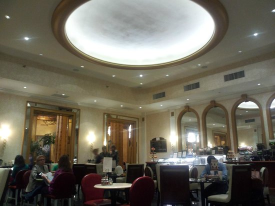 The Roosevelt New Orleans, A Waldorf Astoria Hotel:                   Teddy's