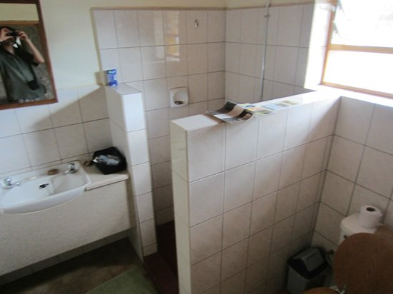 Ndutu Safari Lodge: Bathroom