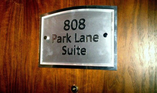 London Hilton on Park Lane:                                     park lane suite