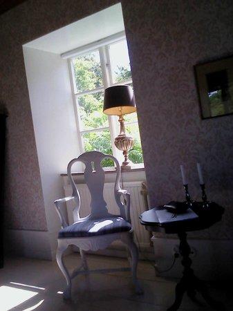 Hotel Stelor:                   Nuestra habitacion...