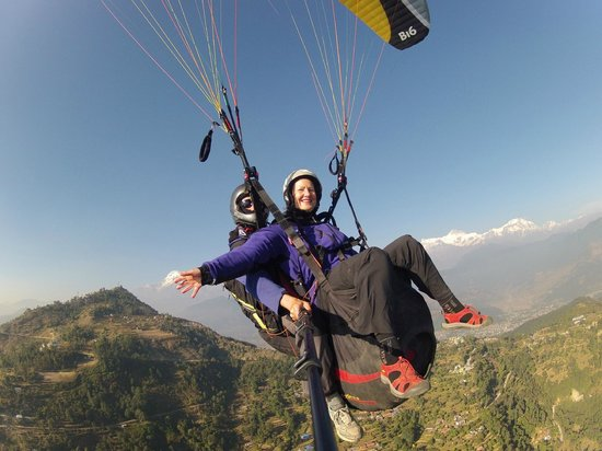 Everest Paragliding