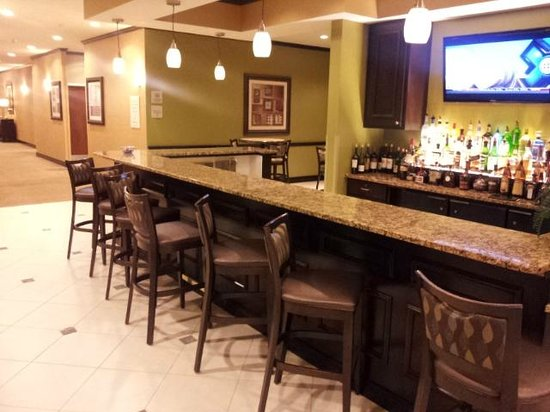 Hilton Garden Inn Warner Robins : The bar